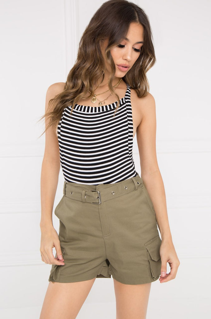 Play The Game Shorts - Light Olive