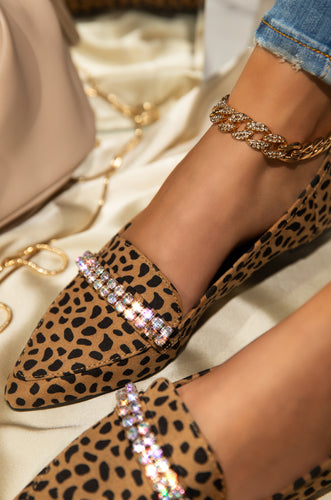 City Sundays - Leopard