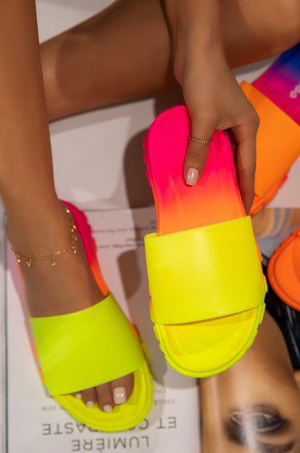 Vibe Right - Neon Yellow