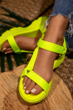 Island Gal - Neon Yellow