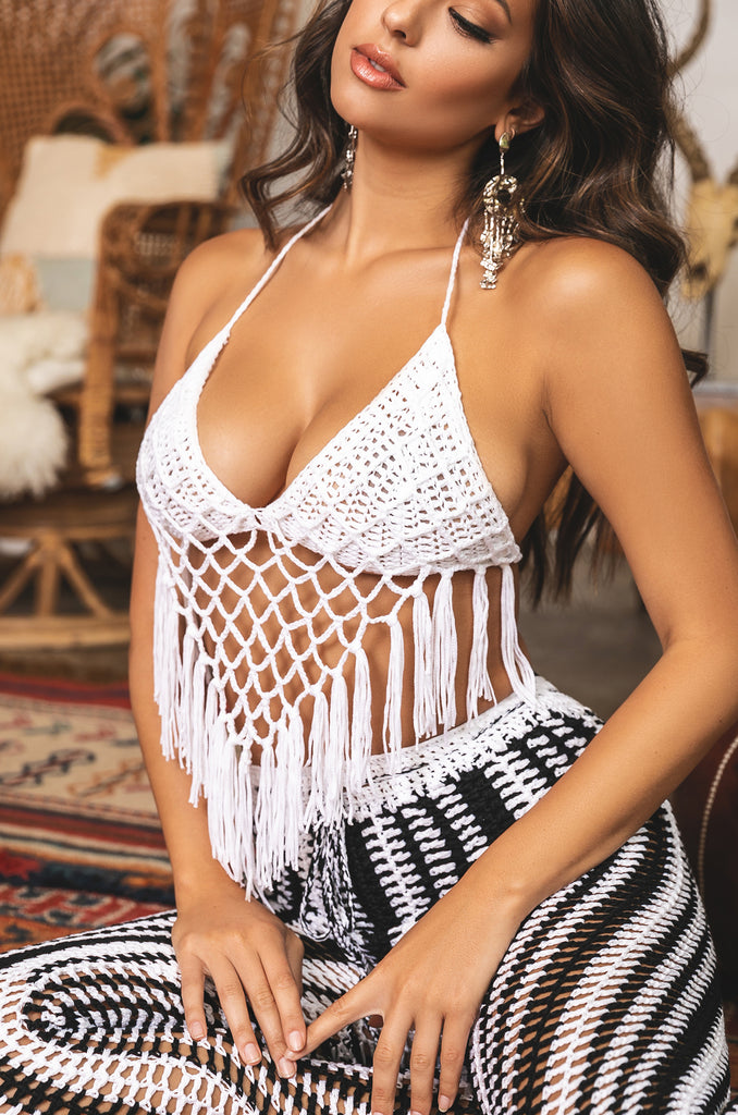 Love & Flame Crochet Set - Black/White