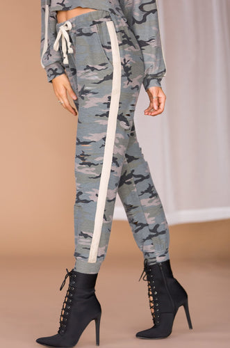 Break The Rank Jogger Pant - Camouflage