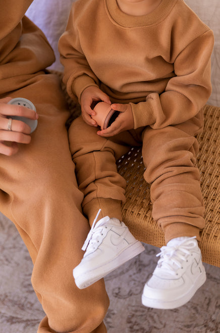 Mini Cozy Feels Jogger - Camel