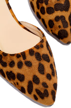 Work Week - Leopard