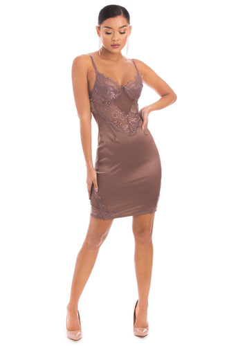 Risk It All Dress - Mauve