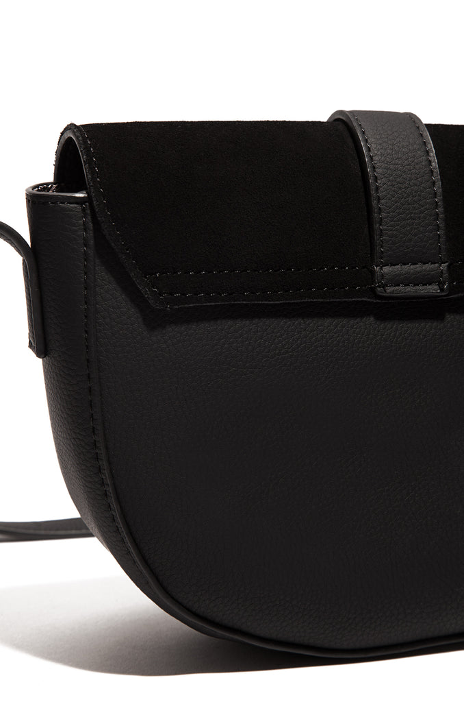 Vacay Romance Crossbody Bag - Black