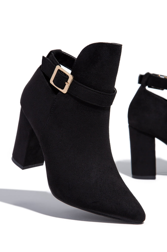 Route To Chic - Black