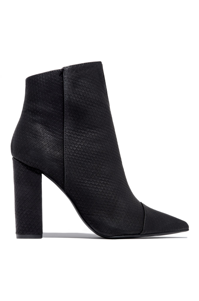 Cassara - Black Snake                            Regular price     $39.99 6