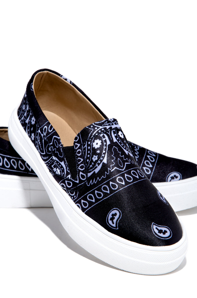 First Place - Black Paisley