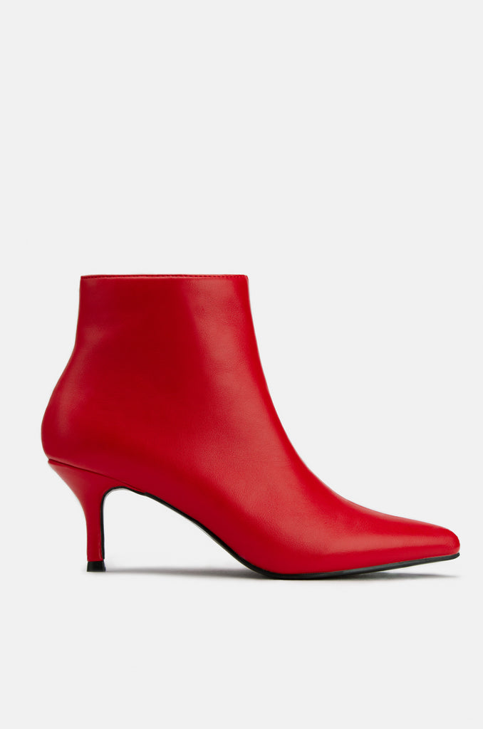 Upper East Side - Red PU