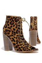 City Stride - Leopard
