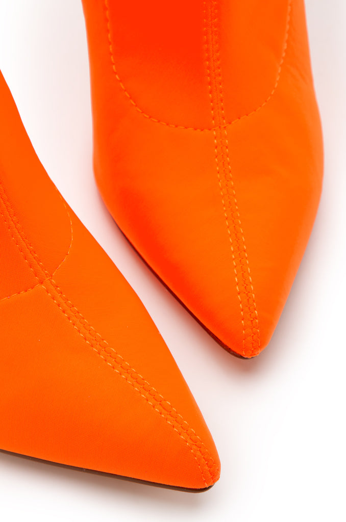 Toxic Touch - Orange Lycra