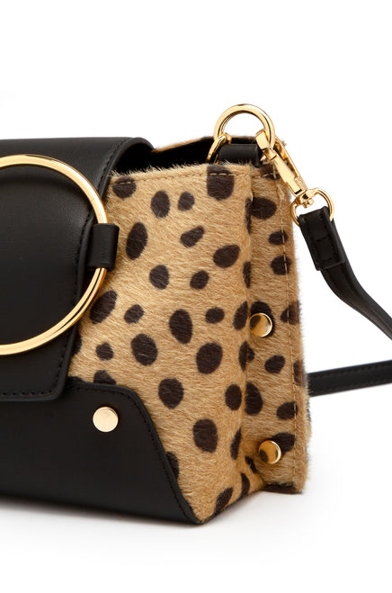 The Well Traveled Bag - Leopard