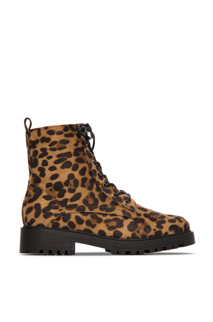 Bold Moves - Leopard