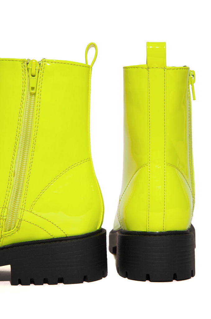 Bold Moves - Neon Yellow