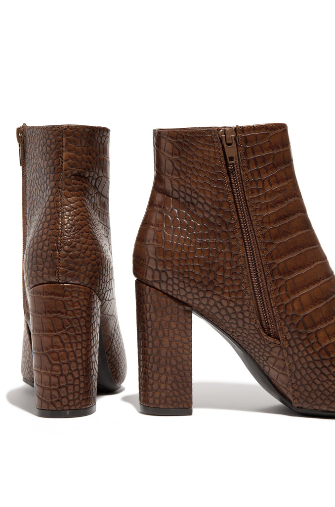 City Girls - Mocha Croc