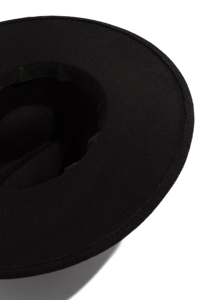 Heading Out Hat - Black