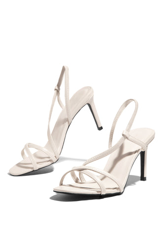 Total Doll Mid Heel - White