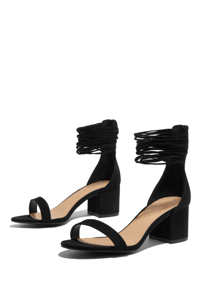 Las Palmas Mid Heel - Black                            Regular price     $29.99         Sold out 41