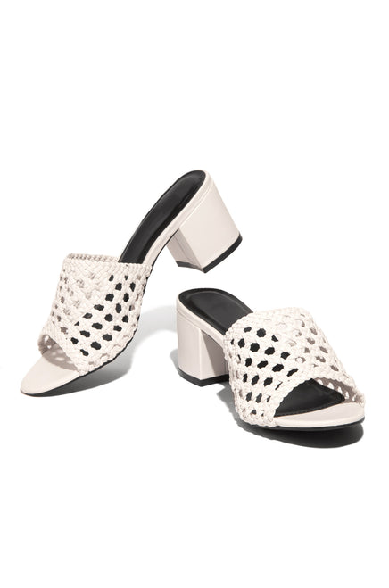 Girlfriend Getaway Mid Heel - White