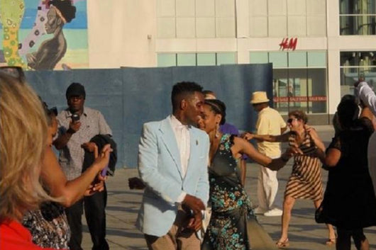 Harlem Walking Tour & Swing Dance Party in NYC
