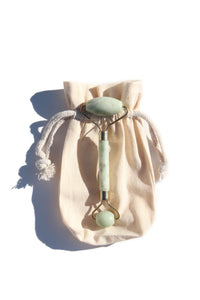 jade face roller with bag