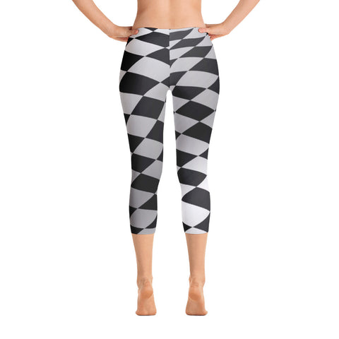 Checkered Capri Leggings