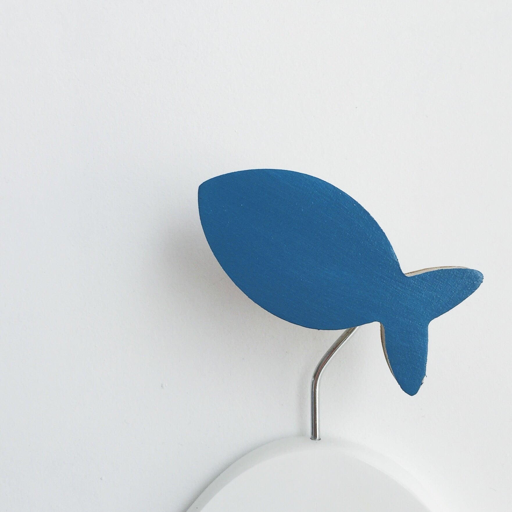 knobbly. fish wall hook ocean blue
