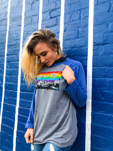 KC PRIDE SKYLINE BASEBALL TEE