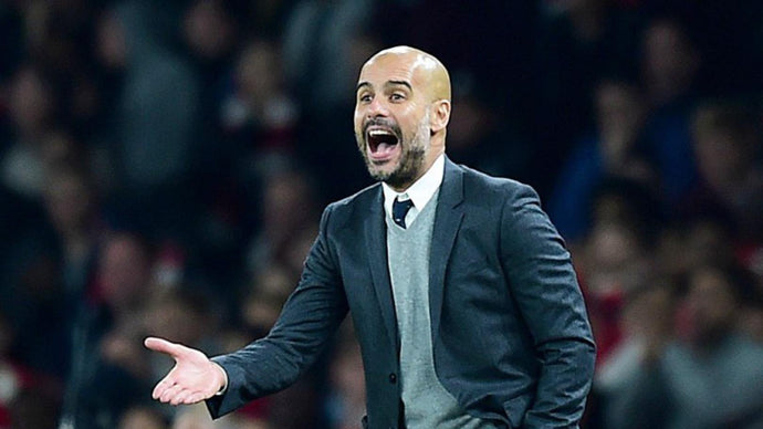 Pep Guardiola signs new Manchester City contract in middle of Barcelona rumors