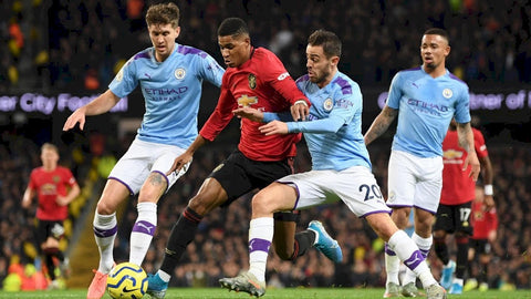Manchester City suffers shocking loss to Manchester United
