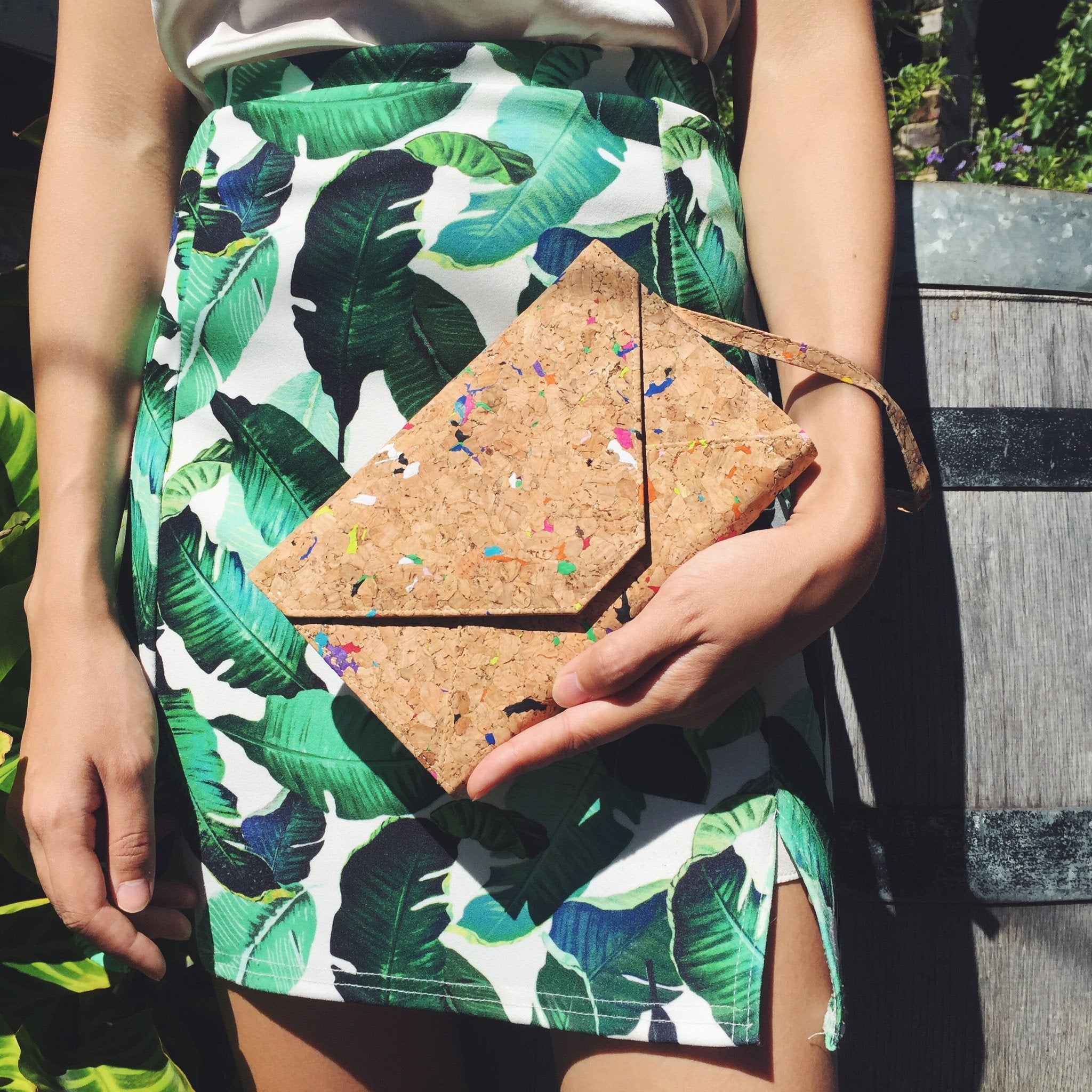Flora Cork Cross Body Clutch in Vivid