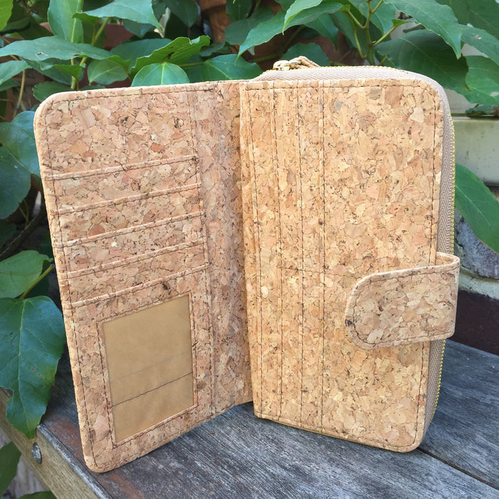 Izzy Long Cork Wallet in Classic