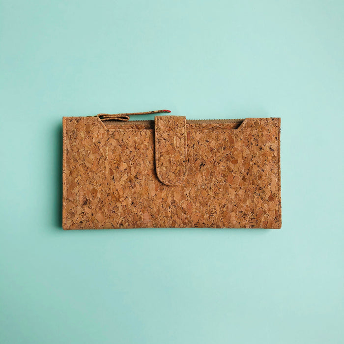 Lizzie Long Cork Wallet in Classic
