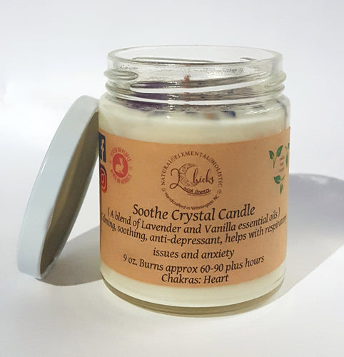 Vanilla and Lavender scented candle by 2 chicks with scents