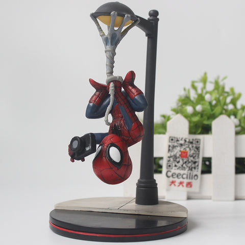 Spider-Man - Street Light Figure