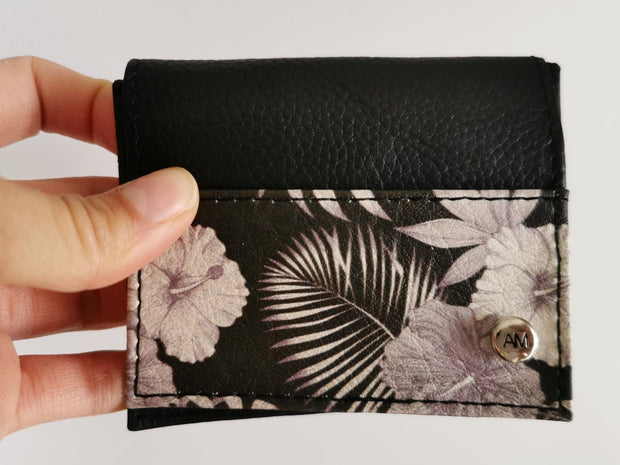 BLACK FLOWERS CARDHOLDER