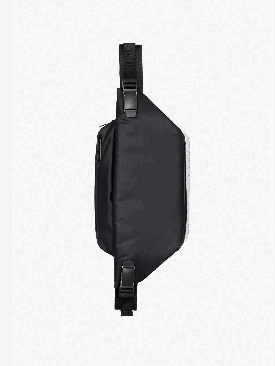 Isarau Mimas Black Backpack