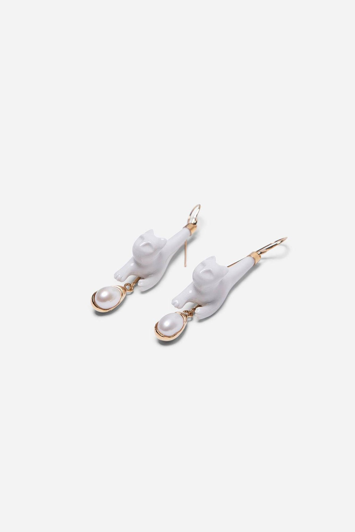 Subtle Cat Pearl Earrings