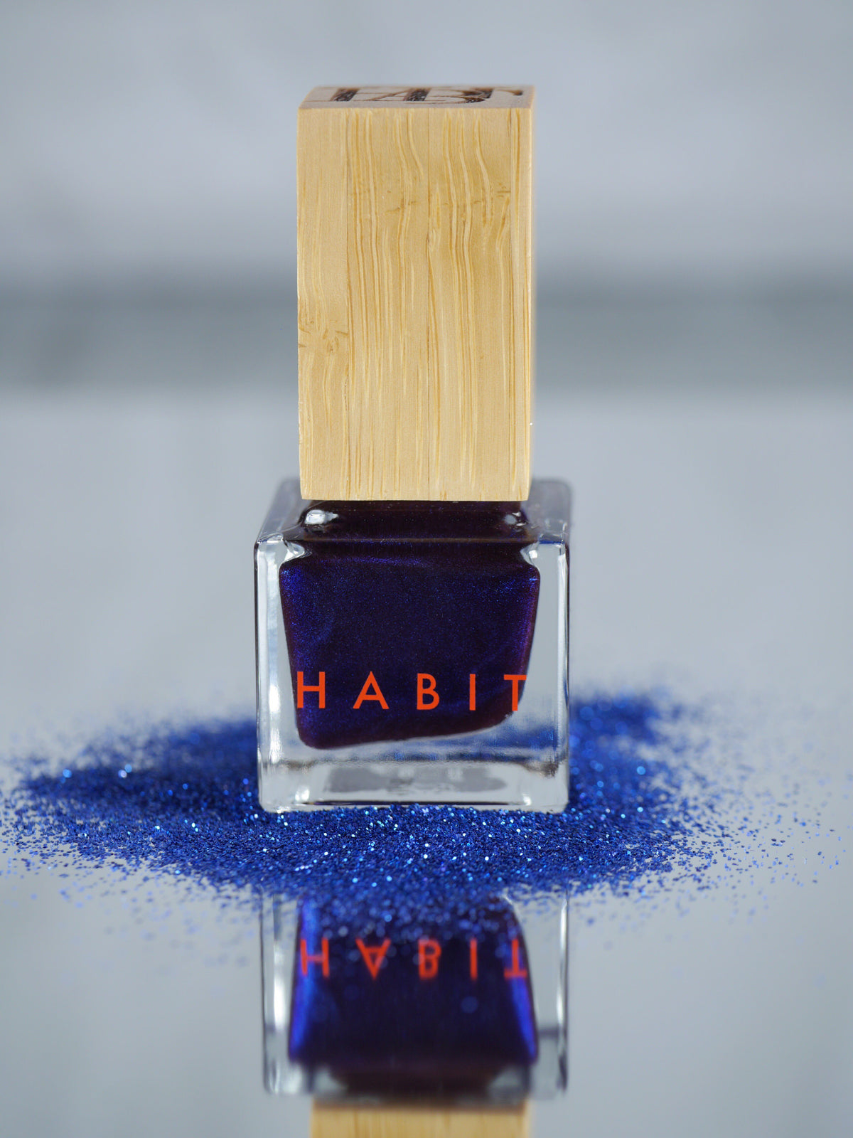 Nail Polish: Creature of the Night Nail Polish Habit Cosmetics - der ZEITGEIST