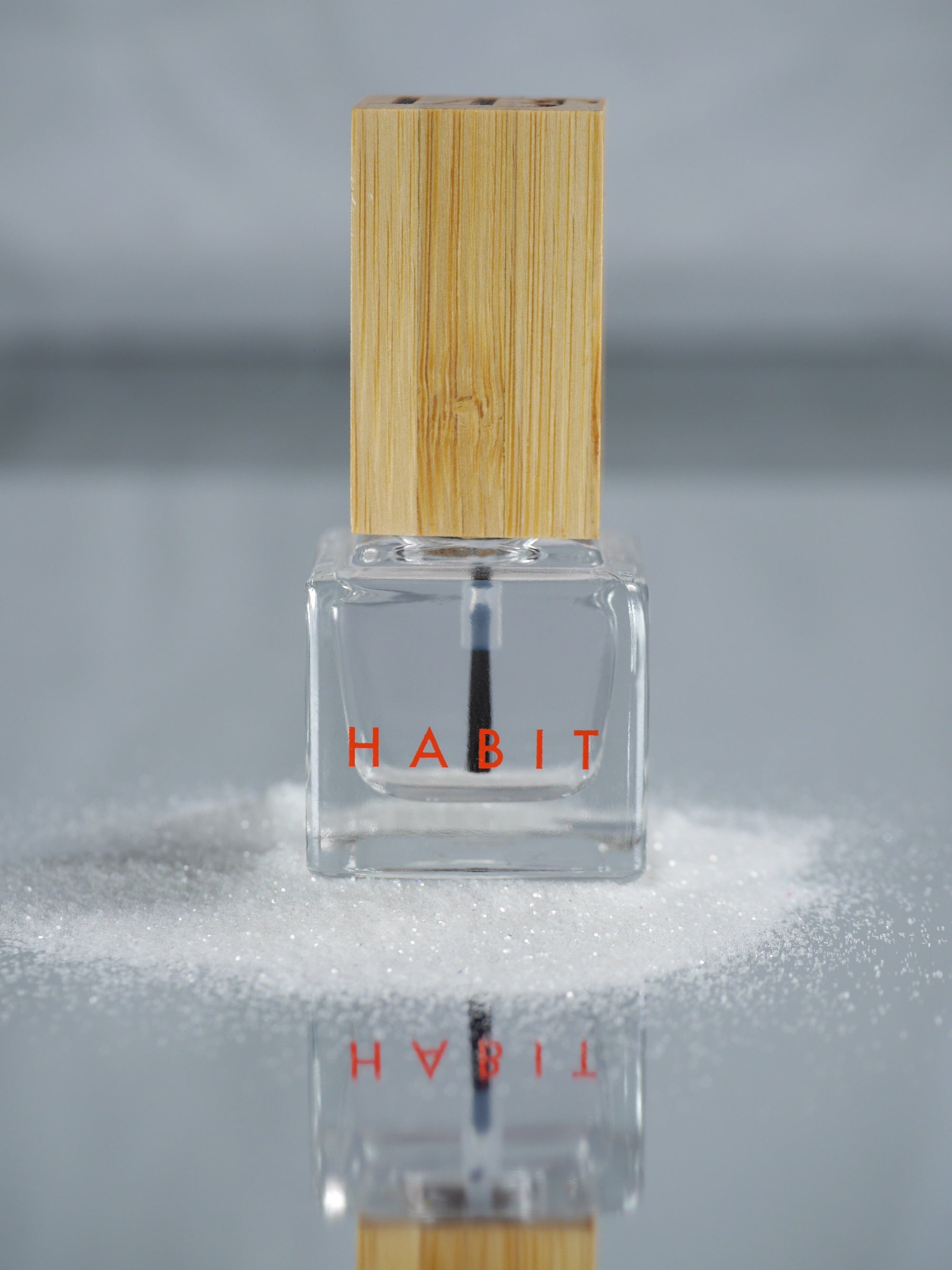 Top Nail Polish Habit Cosmetics - der ZEITGEIST
