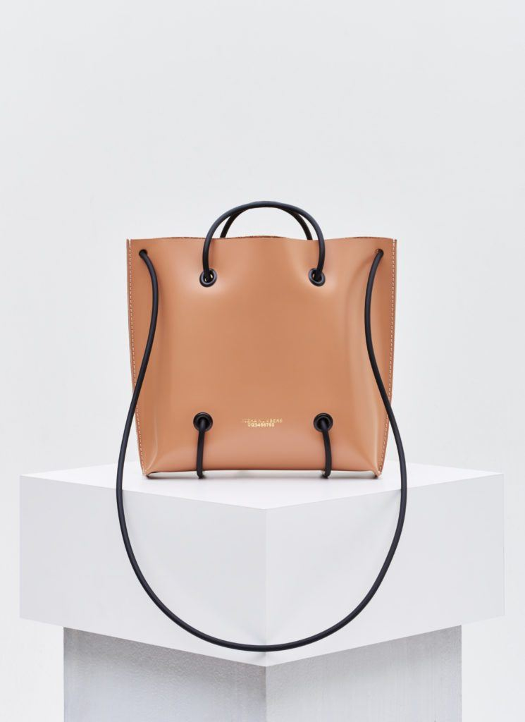 The Utility Large: Nude Handbag Kozha Numbers - der ZEITGEIST