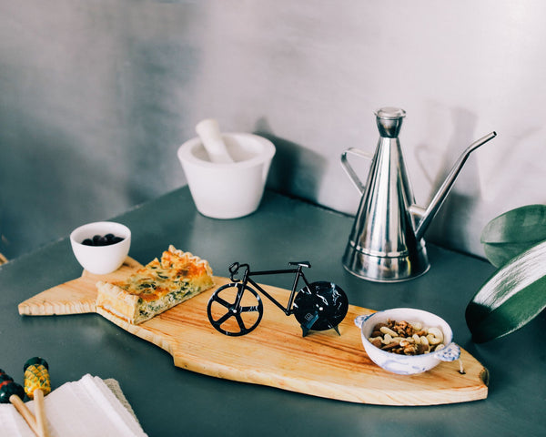 The Fixie Pizza Cutter: Black Marble Pizza Cutter DOIY - der ZEITGEIST