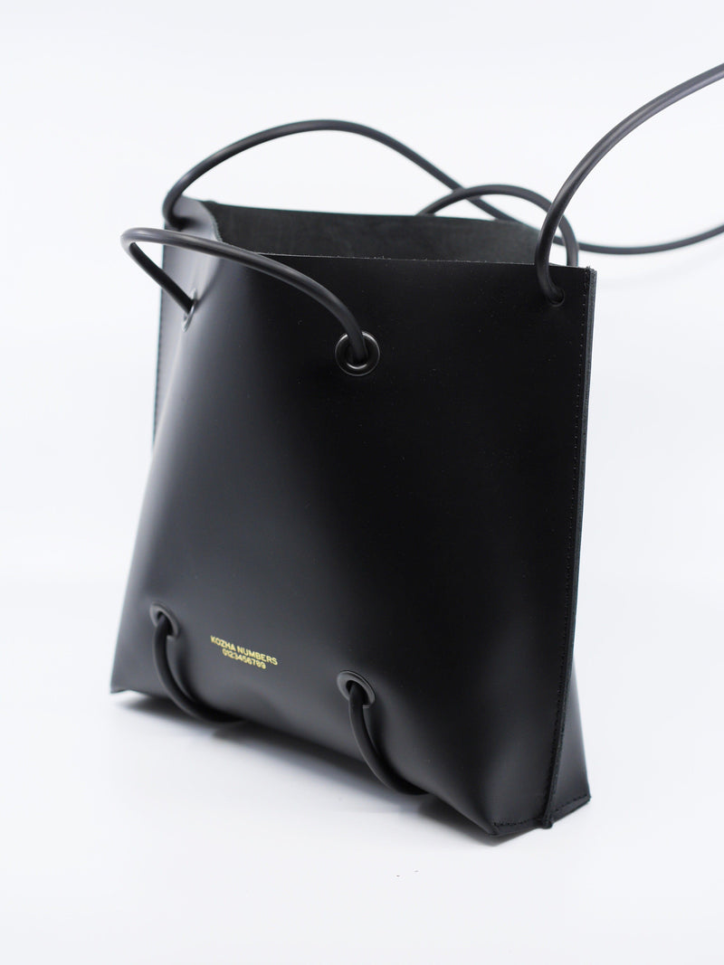 The Utility Large: Black Handbag Kozha Numbers - der ZEITGEIST