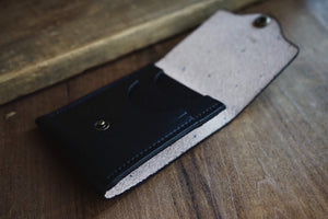 The Ace Bifold/Card Wallet Hybrid