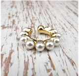 The Multi Pearl Earcuff - no perforation -