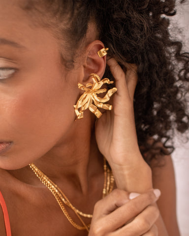 The tropical Blossom - Earrigns - gold 24k