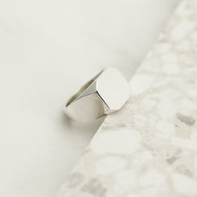 Load image into Gallery viewer, Silver Asher Signet Ring
