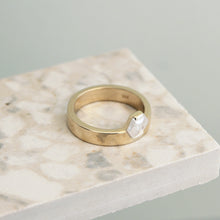 Load image into Gallery viewer, 14k Gold Hexagon Diamond Ring