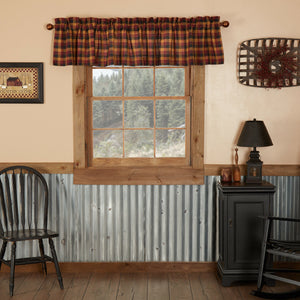 Heritage Farms Lined Valance